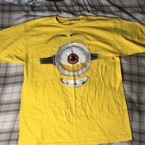 *NEW* Universal Studios Minion Tshirt size L